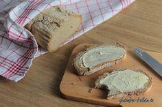glutenfreies Brot vom Pizzastein mit super knuspriger Kruste #glutenfrei #recipe #vegan