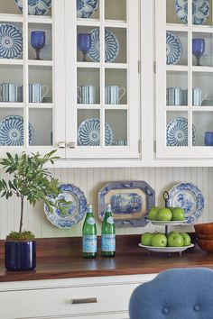 Bunny Williams' Campbell House Dinnerware brings a classic blue-and-white color palette to the dining room of the Southern Living Idea House.