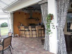 lanai curtains Rustic Pergola, Curved Pergola, Pergola Canopy, Pergola Attached To House, Deck With Pergola, Outdoor Pergola, Backyard Pergola, Pergola Designs, Pergola Ideas