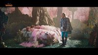 Pubblicità Wind All Inclusive Raddoppia Natale. Giorgio Panariello racconta le favole ad un bambino ed eccolo nei panni del principe azzurro alle prese con due principesse.