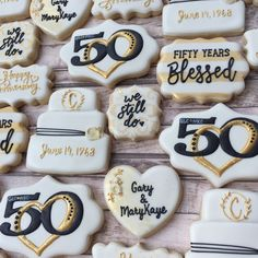 50th Anniversary Cookies, 50th Wedding Anniversary Decorations, 60 Wedding Anniversary, Golden Anniversary, Anniversary Parties, Anniversary Ideas, 10th Anniversary Gifts, Wedding Sweets, Wedding Cookies