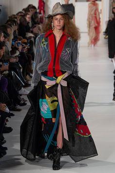 http://www.vogue.com/fashion-shows/spring-2017-couture/maison-martin-margiela/slideshow/collection