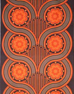1969 art nouveau revival pattern... sort of reminds me of owl faces...