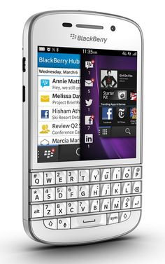 OMG they do a white one :-o - BlackBerry Q10