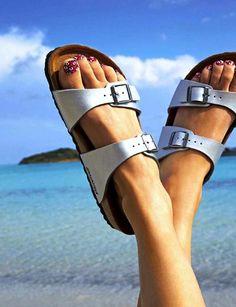Le Fashion Blog -- Kick Back & Relax -- Birkenstock Sandals -- Floral Pedicure -- Nail Art -- Via Grazia France photo Le-Fashion-Blog-Kick-B...