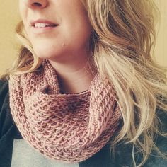 Madeline Tosh Honey Cowl with Three Irish Girls Cashmerino in Grace Kelly Colorway | Oysters & Pearls