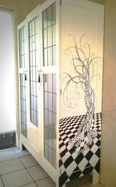 Peaceonearth© ~ Zentangle tree closet
