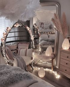Interior Design Career - Should You Go For Design Firms Or Self Employment? Cute Bedroom Decor, Bedroom Decor For Teen Girls, Girl Bedroom Designs, Room Ideas Bedroom, Cute Bedroom Ideas, Bed Room, Bedroom Styles, Teen Bedrooms, Bedroom Inspo