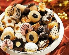 Christmas Sweets, Christmas Baking, Christmas Cookies, Christmas Holidays, Profiteroles, Churros, Czech Recipes, Ethnic Recipes, Czech Desserts
