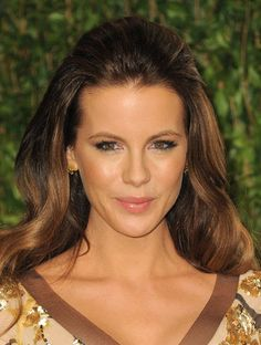 Kate Beckinsale Diet, Exercise And Beauty Secrets: Barely Aging At 42 Feathered Hairstyles, Easy Hairstyles, Wedding Hairstyles, Volume Hairstyles, Celebrity Hairstyles, Carmel Hair Color, Kate Beckinsale Pictures, Half Up Half Down Hair, Half Updo