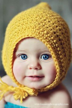 Danyel Pink Designs: Free Crochet Pattern for the Little Maiden Bonnet! How cute is this!? I just want to squish her. Comes in 3 sizes: 0-3 months, 3-6 months, and 6-12 months!
