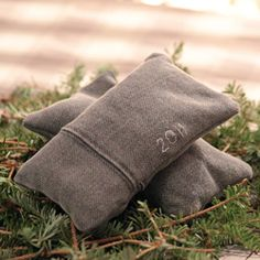 Love the scent.Make: Balsam Fir Scented Sachets (from a Christmas Tree!)