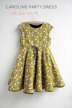 Caroline Party Dress met een circelrok – Mix it Make it Little Dresses, Dresses For Teens, Cute Dresses, Girls Dresses, Sewing Patterns Girls, Sewing For Kids, Diy Dress, Party Dress, Baby Girl Fashion