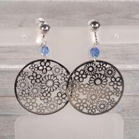 Boucles d'oreilles estampes et perles bleues