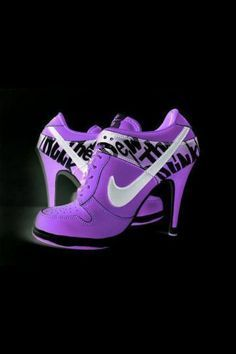 #Cool #Purple #Nike #High #Heels that will make you look #Sporty and #Incredibly #Sexy. See more of this on www.maxviral.com. #Hotheels #NikeShoes