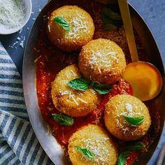 A recipe for Giant Baked Cauliflower Arancini.
