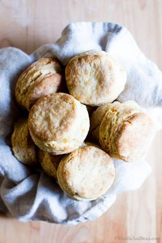 Freezer to oven, quick to whip up and freezer friendly, make these Easy Sourdough Biscuits (with dairy free opt) using your sourdough discard! Sourdough Biscuits, Sourdough Bread Starter, Sourdough Recipes, Homemade Biscuits, Beef Recipes, Cookie Recipes, Snack Recipes, Dessert Recipes, Snacks