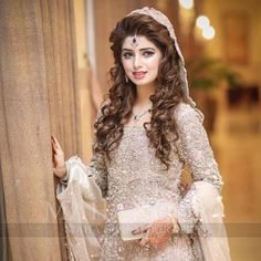 Book yourself at Sobia's Salon and Studio for classic, timeless and understated… Wedding Couple Poses Photography, Bride Photography, Hairstyles For Gowns, Bride Hairstyles, Bridle Dress, Engagement Hairstyles, Beautiful Bridal Dresses, Pakistani Wedding Dresses, Walima Dress