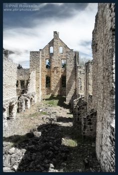 Most People Don't Know These 13 Castles Are Hiding in Missouri  2.2. Ha Ha Tonka Castle Ruins