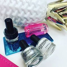 Cordoza Nail Supply is a distributor of Elegant Glass Nails products. We also offer continuing education and salon deliveries in Oregon.
