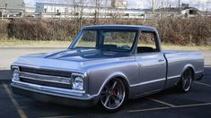 Look at the paint job and trim on this particular remarkable Chevy Trucks Older, C10 Chevy Truck, C10 Trucks, Chevy Pickups, Chevrolet Trucks, Pick Up, Gmc Vans, Hot Rod Pickup, Chevy Classic