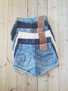 $35 Cute Set Of Levi's Jean Denim Shorts Dark Blue Light Blue White Summer Beach Fashion Trends
