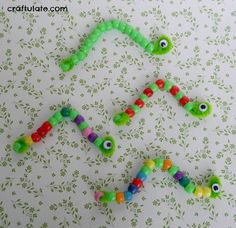 "Cute Pipe Cleaner Inchworm Craft If you're looking for letter ""I"" crafts that will hel Worm Crafts, Insect Crafts, Stick Crafts, Letter I Crafts, Alphabet Crafts, Freetime Activities, Craft Activities, Insect Activities, Animal Crafts For Kids"