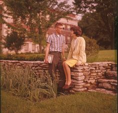 Romantisme à l'Eastern Kentucky University (1963-1964).