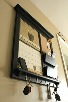 Framed Furniture Front Loading Double Pocket 2014 Calendar Frame Mail Organizer Storage Shelf with Bulletin Board Cork or Chalkboard Keyhook