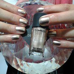 #diamondnailsspa #diamondnails #nail #nailsspa #spa #unhas #unhasbemfeitas #manicuretime #manicurelove #instanail #instaunhas #instaesmaltes