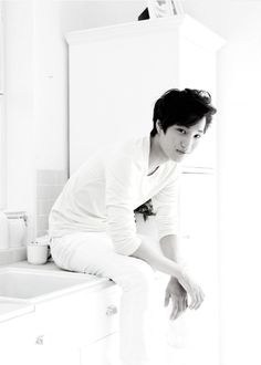 Surprise. Guess who's in your bathroom<----Thanks for saying that, darling~