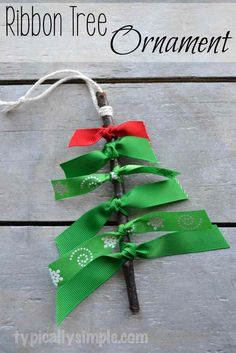 10 Homemade Christmas Ornaments for Kids: Nature Inspired!
