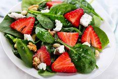 fresh straberry spinach salad