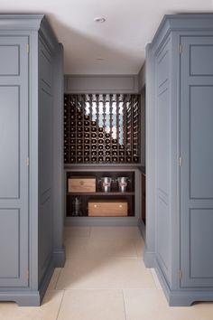 How to design a wine room - Design Notes - Bespoke wine storage - Felsted Showroom - Humphrey Munson Kitchens #humphreymunson #humphreymunsonblog
