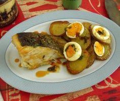 Bacalhau frito com molho especial | Food From Portugal