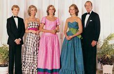 Princpe Felipe de Asturias, Reina Sofia, Infantas Cristina y Elena. Rey Juan Carlos I