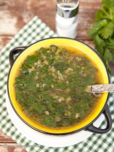 CIORBA DE URZICI CU OREZ | Diva in bucatarie My Recipes, Soup Recipes, Cooking Recipes, Panda Food, Romanian Food, Romanian Recipes, Cream Soup, Palak Paneer, Food And Drink