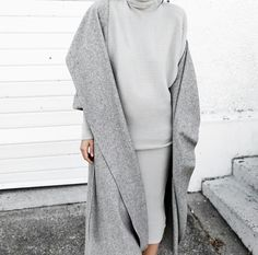 Grey on Grey // Style // Muse by Maike // http://musebymaike.blogspot.com.au Instagram: @musebymaike #MUSEBYMAIKE
