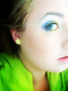Makeup inspired by the minions from Despicable Me