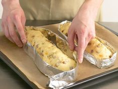 Stollen recipe - that's how the traditional pastry goes - Rezepte - Desserts Best Pastry Recipe, Pastry Recipes, Bread Recipes, Baking Recipes, Cake Recipes, Christmas Stollen Recipe, Holiday Cakes, Plated Desserts, Cakes And More