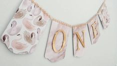 Check out this item in my Etsy shop https://www.etsy.com/ca/listing/556748873/swan-one-banner-highchair-banner