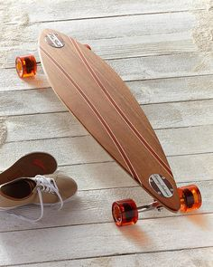 Sunrise Pin Tail - this board is so beautiful Longboard Design, Longboard Decks, Skateboard Design, Skateboard Decks, Long Skate, Cruiser Boards, Cool Skateboards, Complete Skateboards, Beach Gear