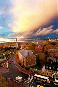 (Cambridge, MA. - Wednesday, October 29, 2003) Strange but beautiful light is seen from Holyoke Center in Harvard Square on a day when solar flare was reported by meteorologists as being especially strong. Staff Photo by Rose Lincoln/Harvard University News Office