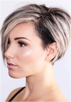 Undercut Hairstyles Women, Choppy Bob Hairstyles, Short Hairstyles For Women, Undercut Women, Pixie Haircuts, Hairstyles 2016, Pixie Undercut Hair, Short Hair With Undercut, Shaved Hairstyles