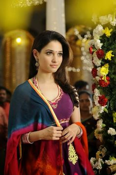 Actress Tamanna Bhatia Hot Pictures and Sizzli ng Wallpapers Hot Tamanna Images Wallpapers Wallpapers) Indian Actress Images, Indian Film Actress, Indian Actresses, Bollywood Girls, Bollywood Actress, Beautiful Saree, Beautiful Gorgeous, Beautiful Celebrities, Beautiful Actresses