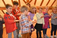 #Kids have fun with a trick taught by the #magician himself. #Kinder #Zauberer: http://www.selimtolga.ch