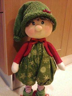 Pin on navidad Christmas Gnome, Handmade Christmas, Christmas Crafts, Decorations Christmas, Mickey Mouse Art, Sewing Dolls, Waldorf Dolls, Fairy Dolls, Stuffed Animal Patterns
