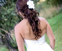 Half Up Romantic Wedding Hairstyle with flower and crystal hair pieces - Half Up - Wedding-photoshair Photos