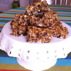 chacha's gluten free kitchen: Chocolate Chip Date Granola Cookie Bars