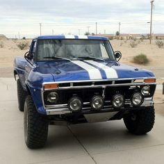 I quite simply fancy this colour for this lifted ford truck 1979 Ford Truck, Ford Pickup Trucks, Chevy Trucks, Fords 150, F150 Truck, Trophy Truck, Classic Ford Trucks, Us Cars, Cool Trucks